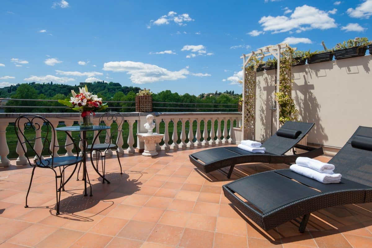 Suite with private terrace
